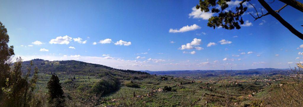 Panorama su Monte Pilli e il chianti fiornetino